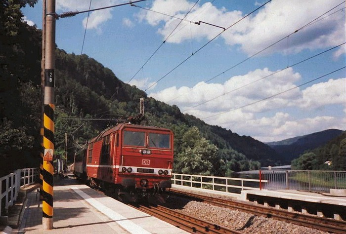 DB 180 at Dolni-Zleb