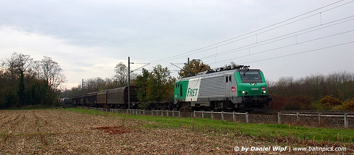 mixed freight train next to Mulhouse
